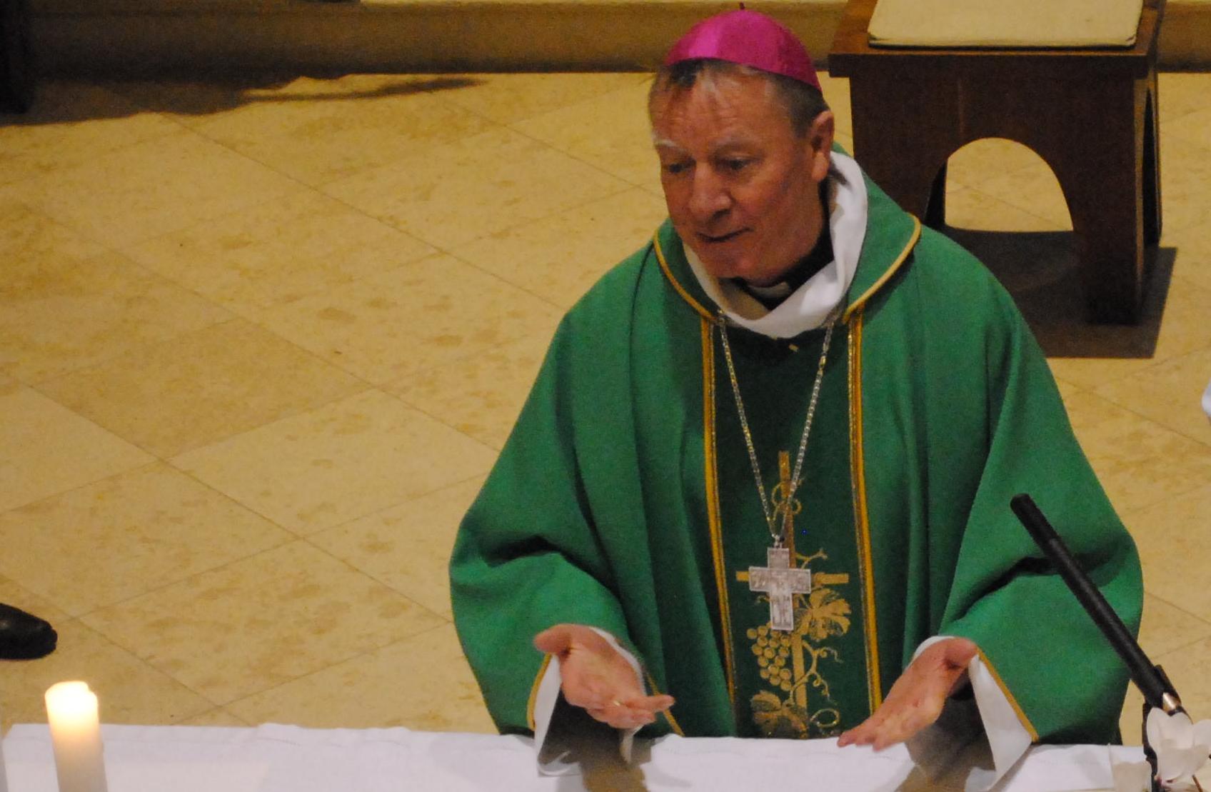 püspök_atya